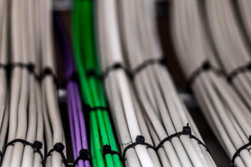 elektronik ledninger